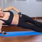Самые эффективные упражнения для живота и боков в домашних условиях